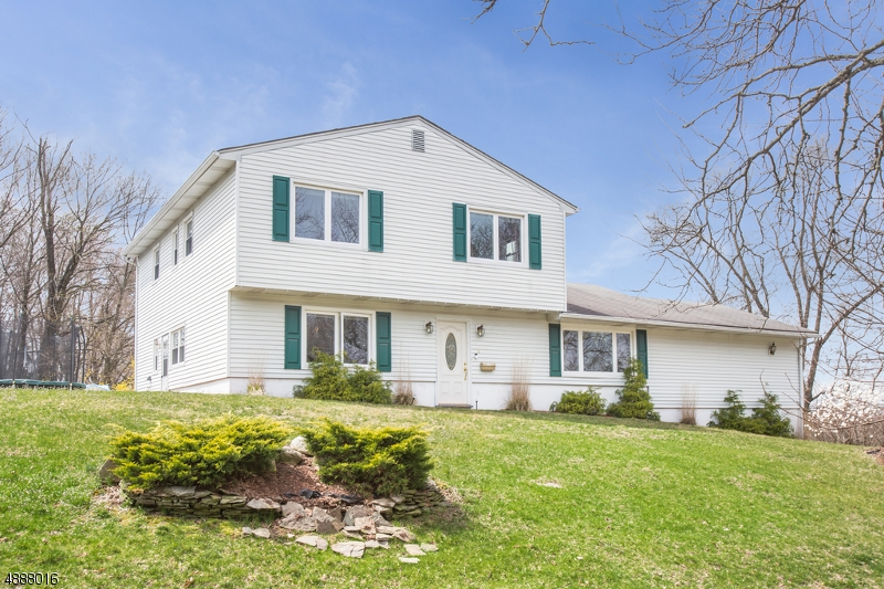 Photo of home for sale at 4 ABERDEEN AVE, Wayne Twp. NJ