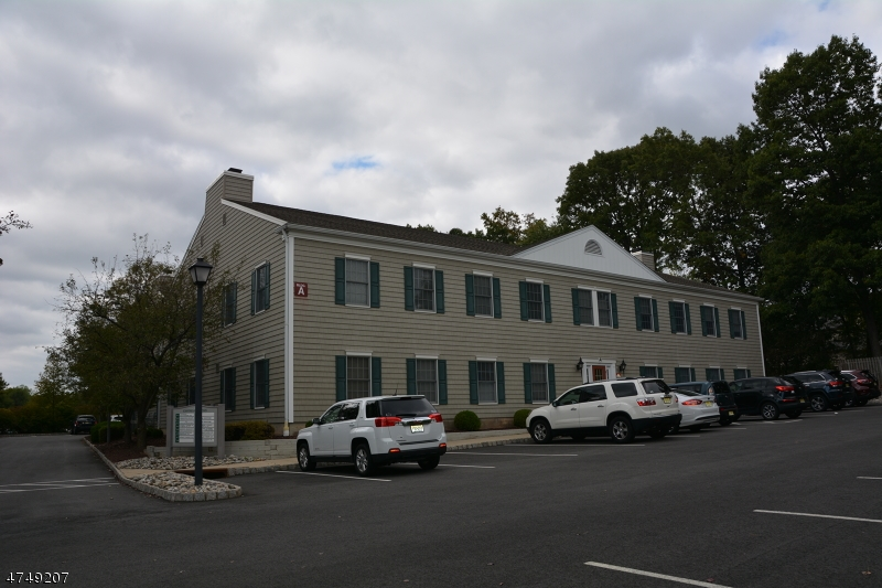 1124 US-202 Raritan Boro, NJ 08869 - MLS #: 3421734