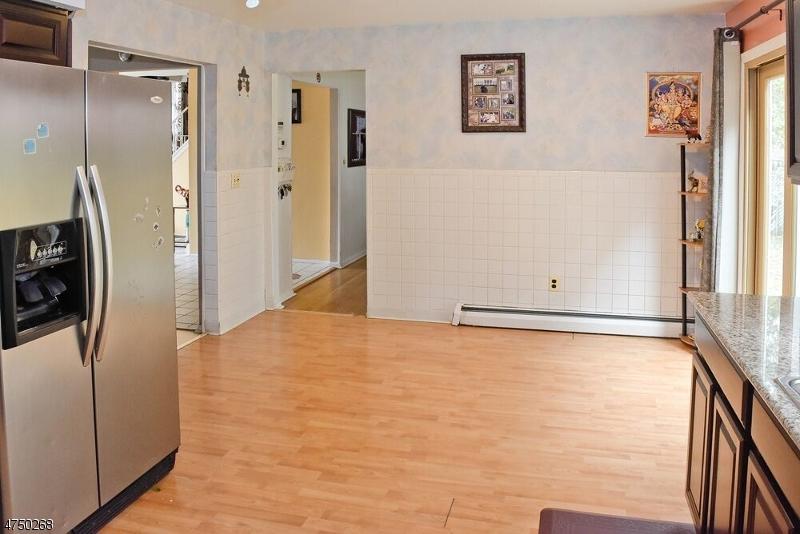 348 Daniel St Rockaway Twp., NJ 07801 - MLS #: 3422034