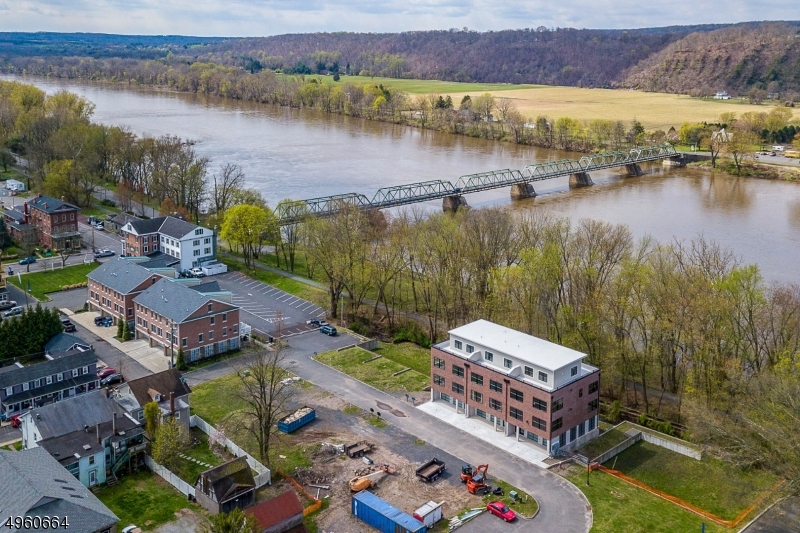 Photo of home for sale at 19 RIVER MILLS DR, Frenchtown Boro NJ