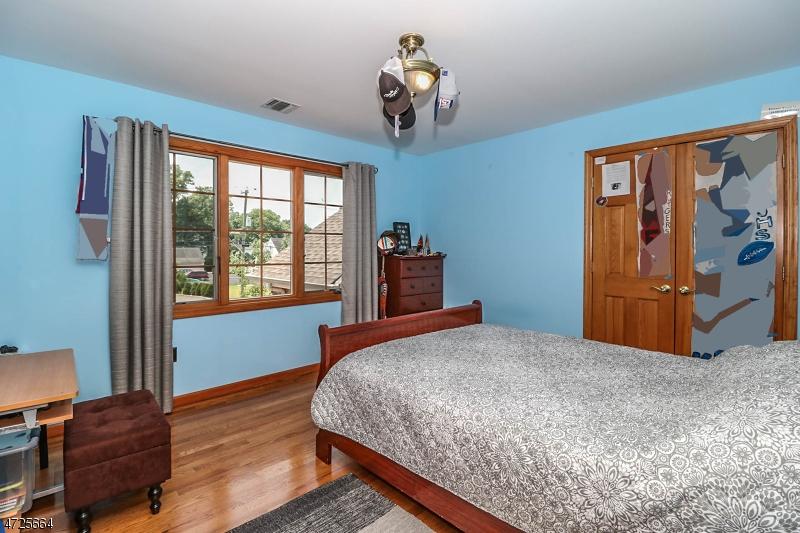 304 Madison Hill Rd Clark Twp., NJ 07066 - MLS #: 3398735