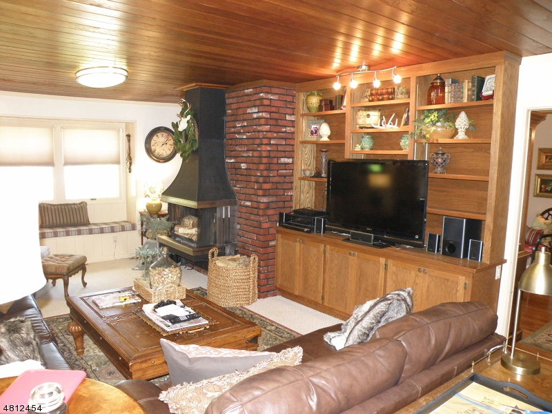 56 LAKE SHORE DR Rockaway Twp., NJ 07866 - MLS #: 3478435