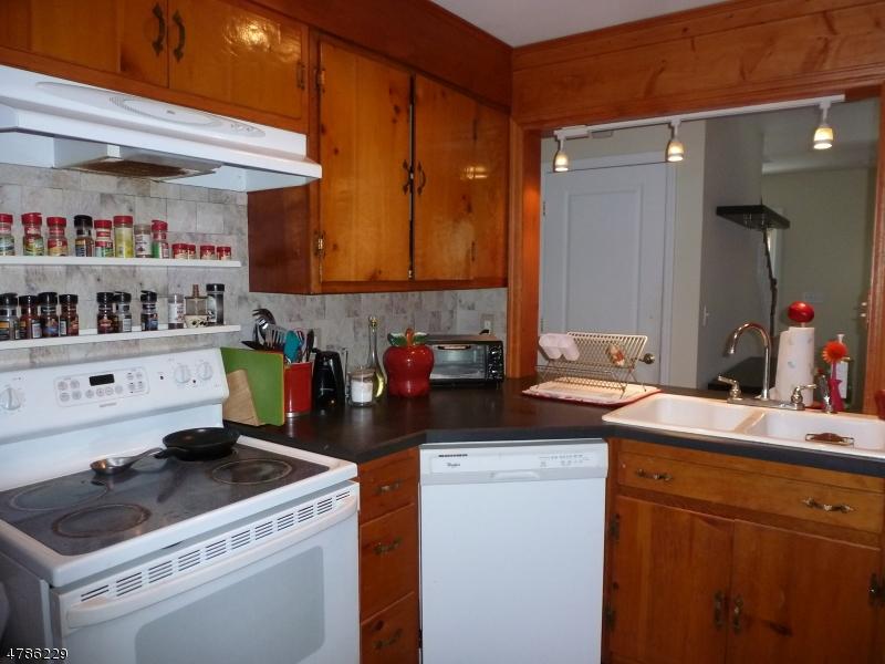 85 Woodstone Road Denville Twp., NJ 07866 - MLS #: 3508235