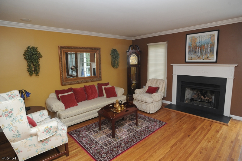 Photo of home for sale at 47 EASEDALE RD, Wayne Twp. NJ