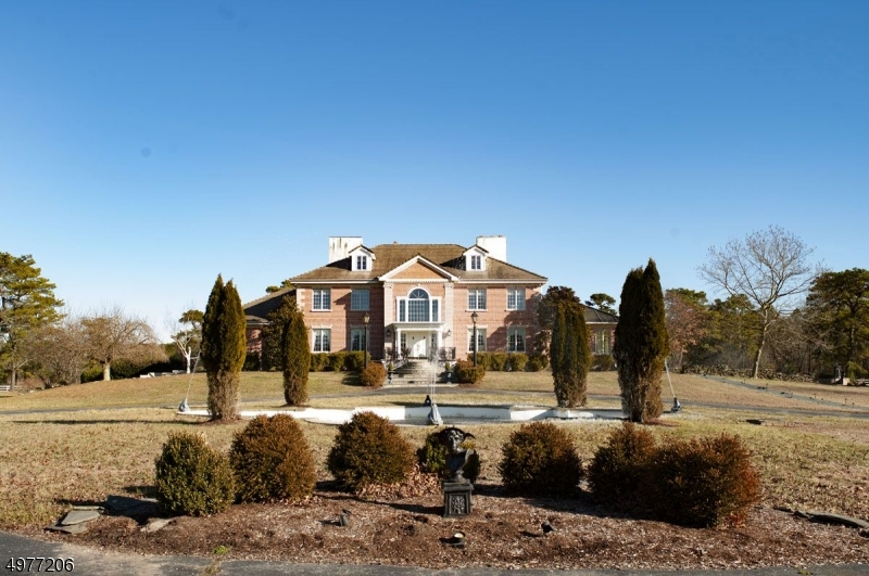 Photo of home for sale at 667 ESTELL MANOR RD, Maurice River Twp. NJ