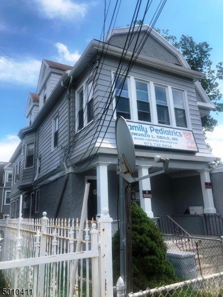 Photo of home for sale at 685 MT PROSPECT AVE, Newark City NJ