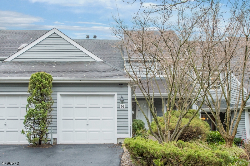 14 Ridge Dr Montville Twp., NJ 07045 - MLS #: 3463636
