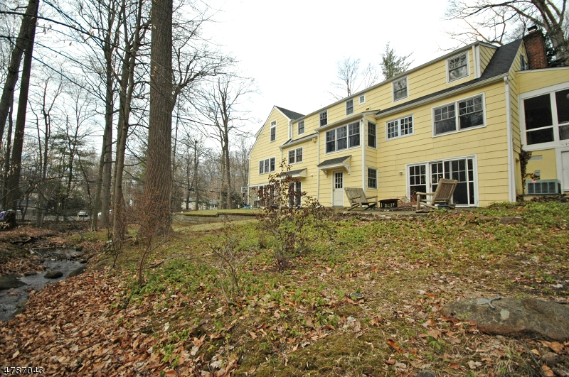 9 Countryside Dr New Providence Boro, NJ 07901 - MLS #: 3464136