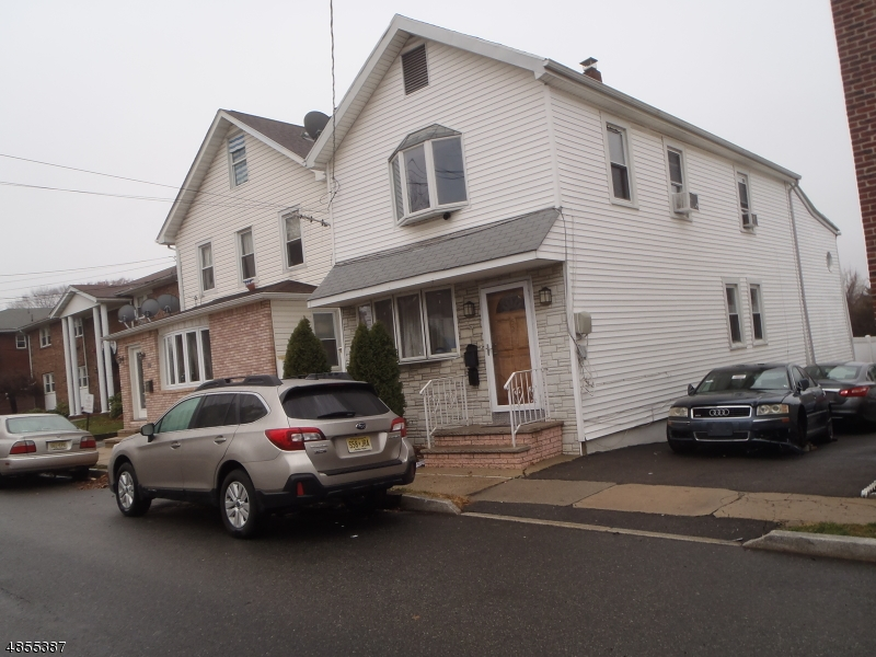 Photo of home for sale at 527 FRANKLIN AVE, Belleville Twp.