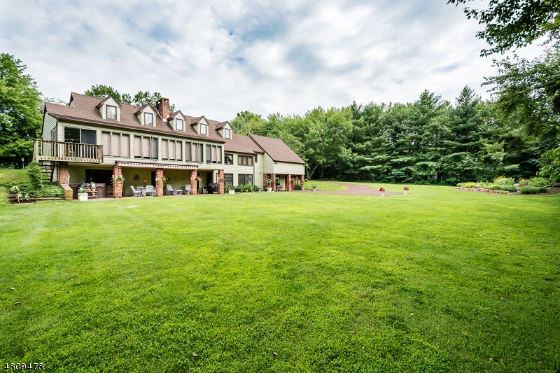 Photo of home for sale at 62 LINVALE RD, East Amwell Twp. NJ