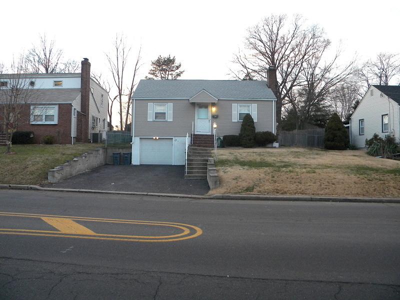 Photo of home for sale at 23 LA GRANDE AVE, Fanwood Boro NJ