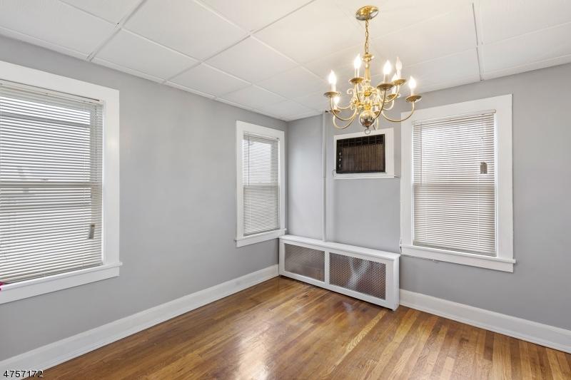 14 Spruce Ave Ridgefield Park Village, NJ 07660 - MLS #: 3434637