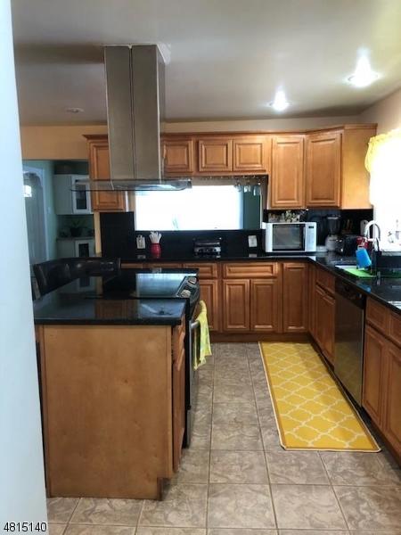 44 E New St Woodbridge Twp., NJ 07077 - MLS #: 3480937