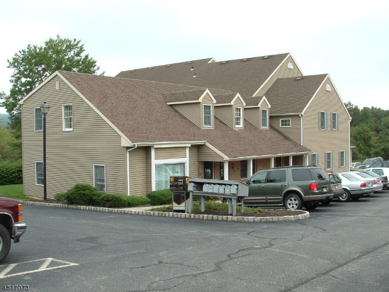 Photo of home for sale at 1128 Route 31 South Suite B, Clinton Twp. NJ