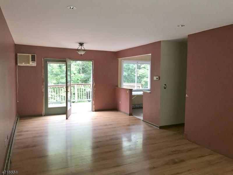 75 RED TWIG TRL Bloomingdale Boro, NJ 07403 - MLS #: 3491537