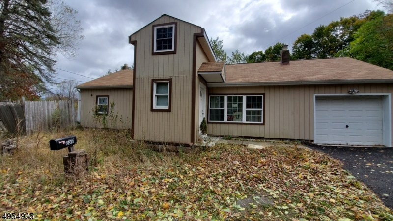 Photo of home for sale at 605 COUNTY ROUTE 565, Frankford Twp. NJ