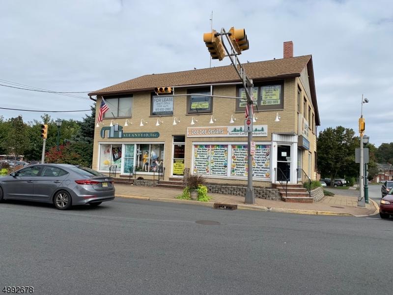 Photo of home for sale at 179 S LIVINGSTON AVE, Livingston Twp. NJ