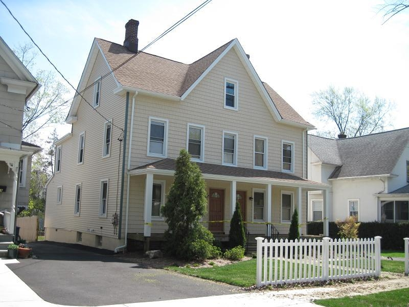Photo of home for sale at 21 HILLSIDE AVE, Chatham Boro NJ
