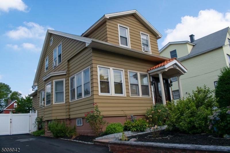 Photo of home for sale at 934 MONROE AVE, Elizabeth City NJ