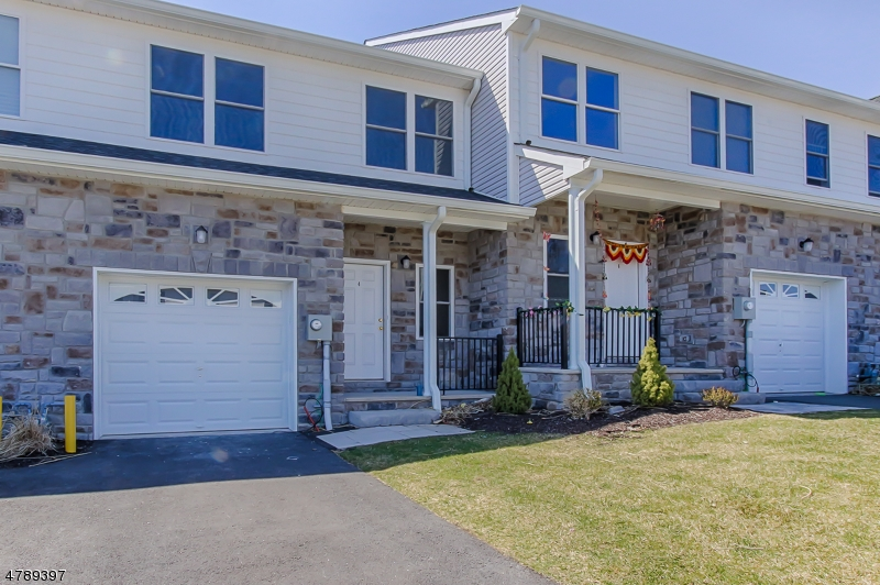 4 DeCroce Ct Parsippany-Troy Hills Twp., NJ 07054 - MLS #: 3462738