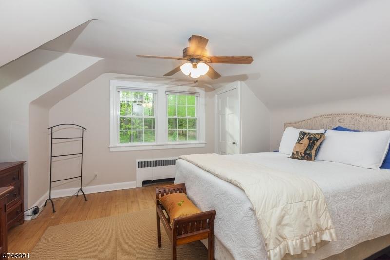 213 MOUNTAIN AVE New Providence Boro, NJ 07974 - MLS #: 3469138