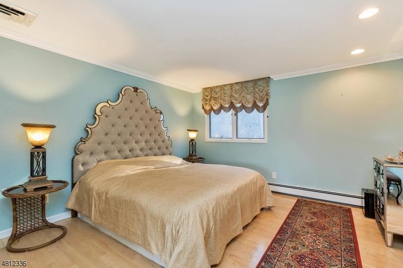 502 MORTIMER CT Franklin Lakes Boro, NJ 07417 - MLS #: 3478338