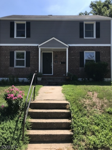 Photo of home for sale at 340 N 6TH AVE, Manville Boro NJ