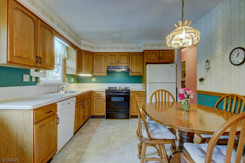 121 Middlesex Ave Piscataway Twp., NJ 08854 - MLS #: 3424439