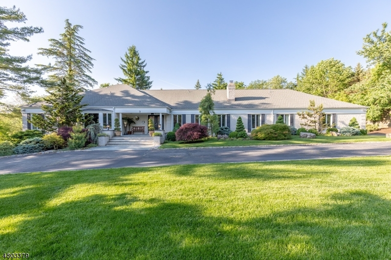 Photo of home for sale at 3 CULVER RD, Livingston Twp. NJ