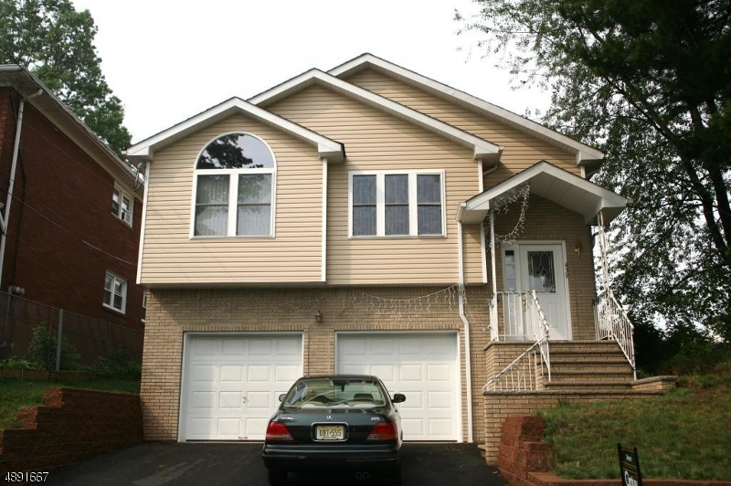 Photo of home for sale at 439 miner, Linden City NJ