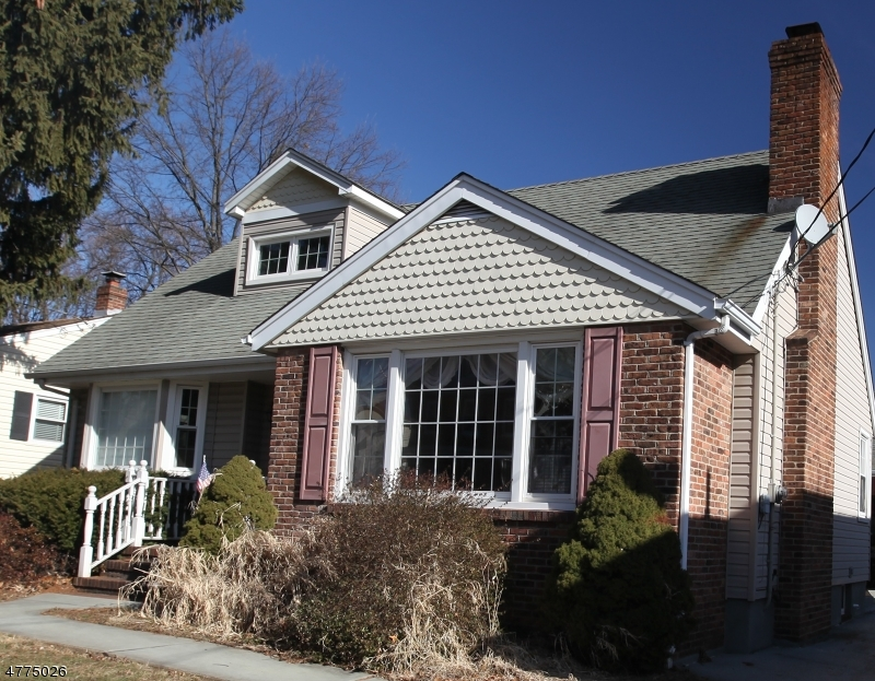 Photo of home for sale at 65 Redwood Ave, Edison Twp. NJ
