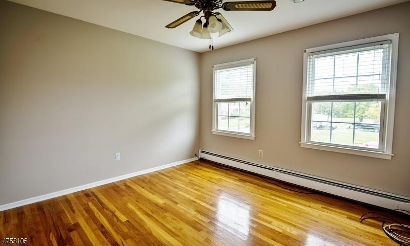 11 Rivendell Rd Roxbury Twp., NJ 07876 - MLS #: 3424341