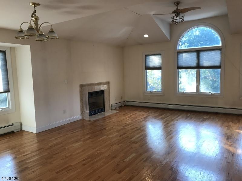 470 Chestnut St, UNIT B Ridgefield Boro, NJ 07657 - MLS #: 3427441