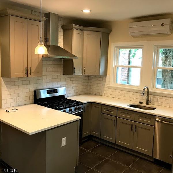 15 Whitfield Street Caldwell Boro Twp., NJ 07006 - MLS #: 3480141