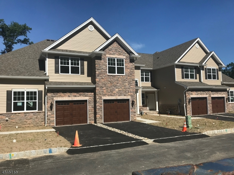 Photo of home for sale at 15 PLEASANT VALLEY WAY, Parsippany-Troy Hills Twp. NJ