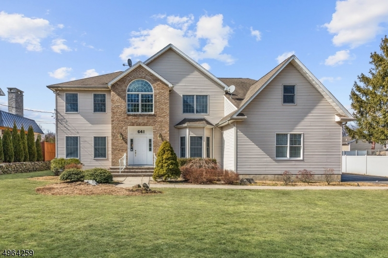 Photo of home for sale at 641 PASCACK RD, Paramus Boro NJ