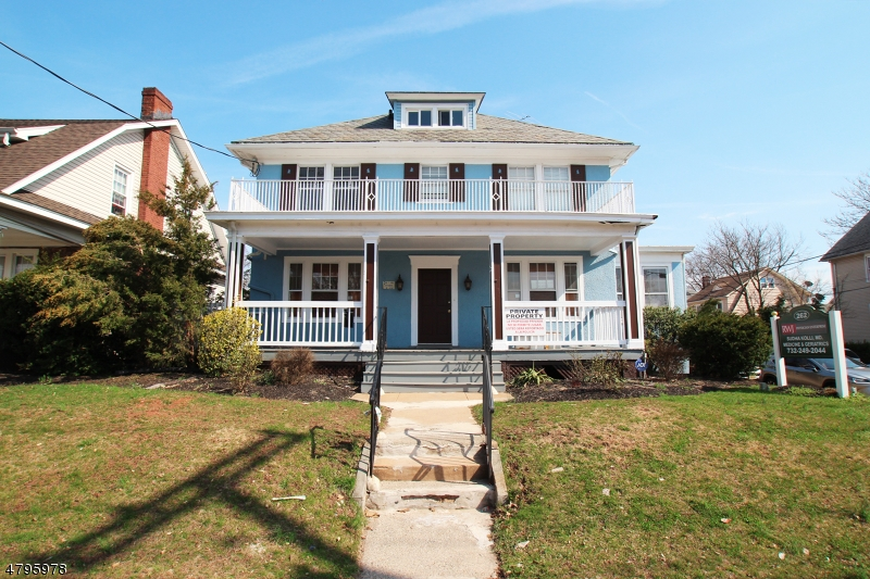 Photo of home for sale at 262 Livingston Ave, New Brunswick City NJ