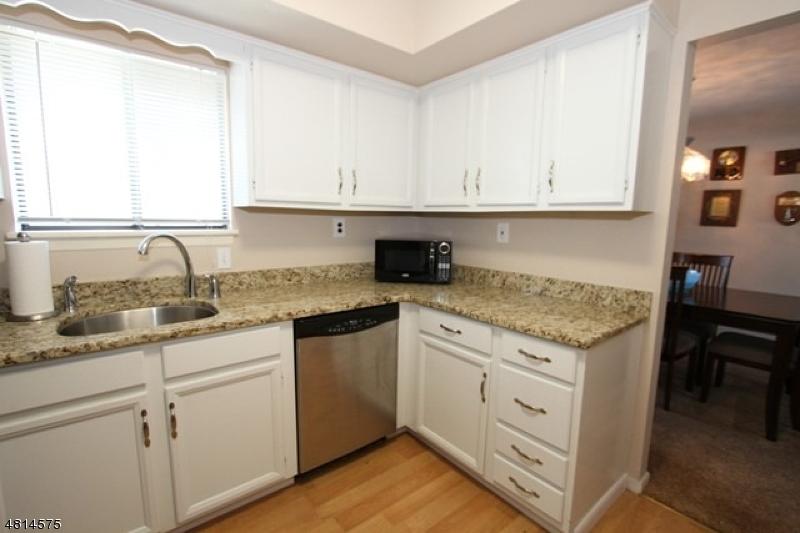 168 DIAMOND BRIDGE AV Unit 3 Hawthorne Boro, NJ 07506 - MLS #: 3480443
