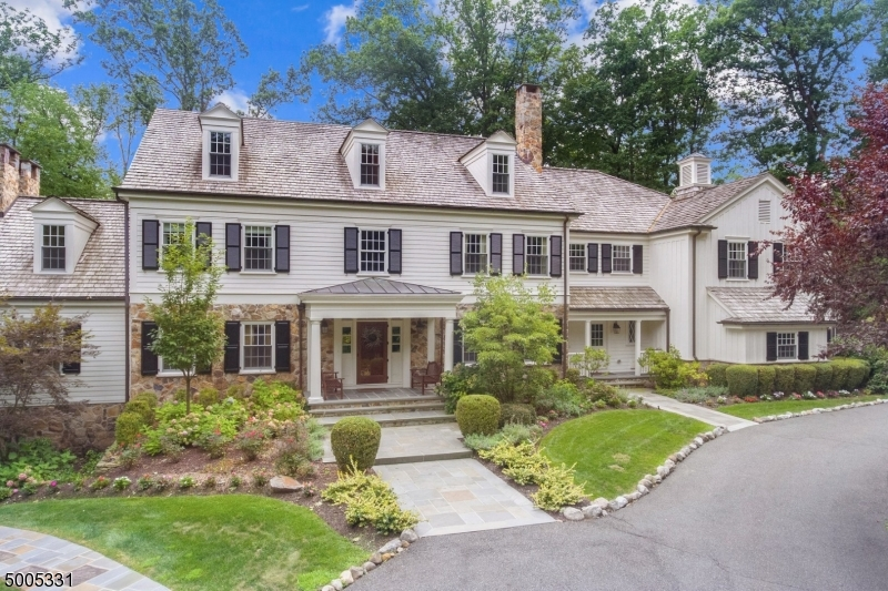 Photo of home for sale at 10 HAWTHORNE RD, Essex Fells Twp. NJ