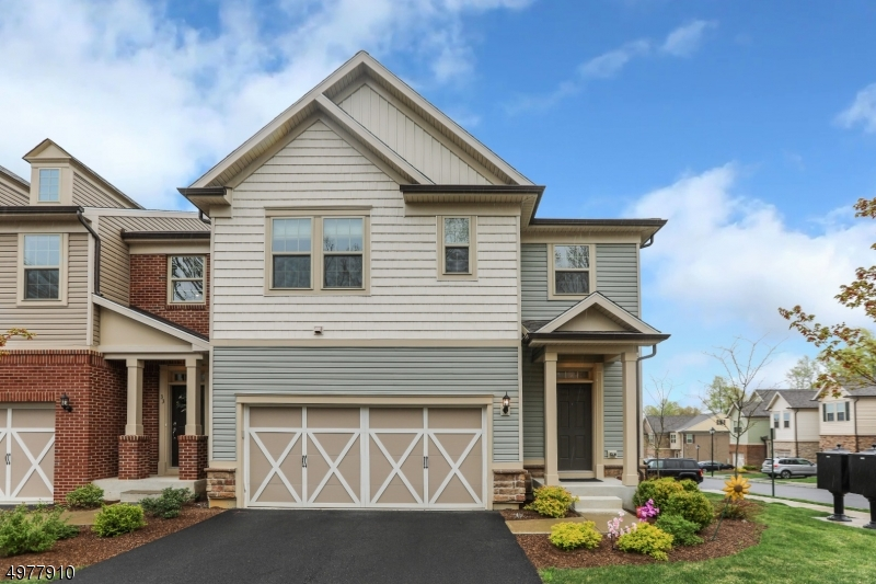 Photo of home for sale at 31 ALBERT CT, Randolph Twp. NJ
