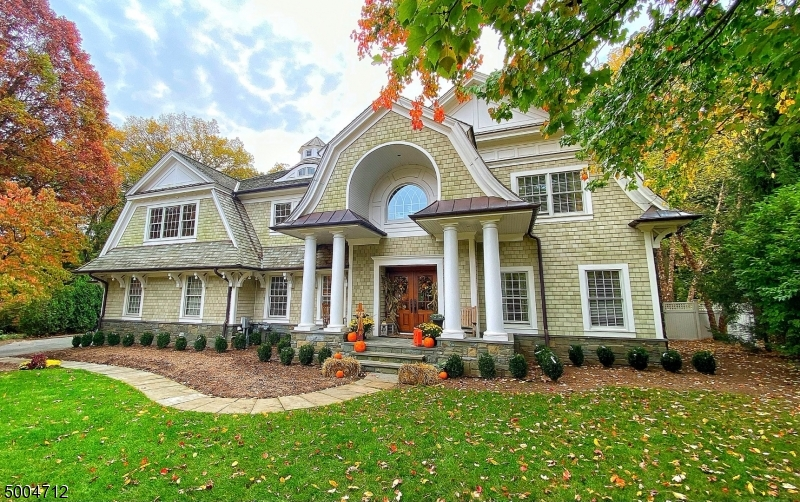 Photo of home for sale at 273 CEDAR CT, Wyckoff Twp. NJ