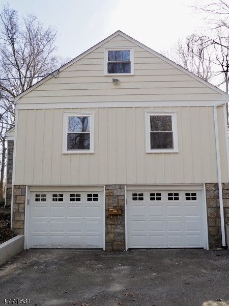 31 Gravel Hill Rd Kinnelon Boro, NJ 07405 - MLS #: 3443944
