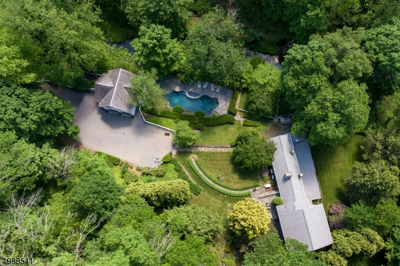 Photo of home for sale at 155 Lower Creek Road, Delaware Twp. NJ