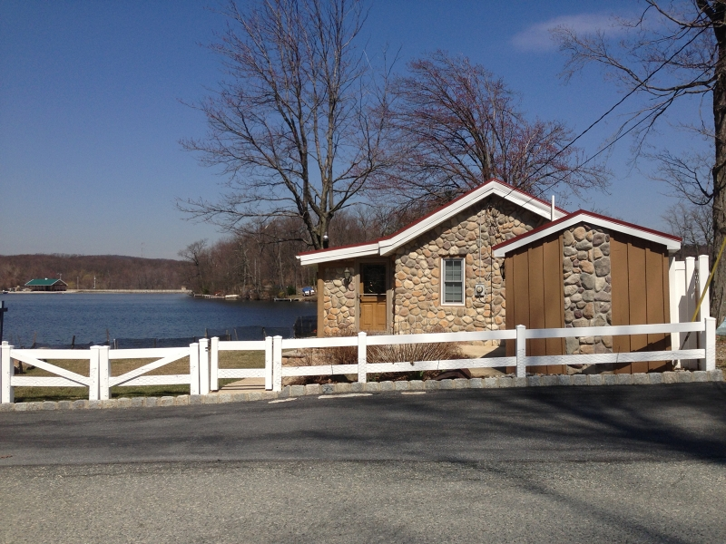 Photo of home for sale at 189 Point Breeze Dr, West Milford Twp. NJ