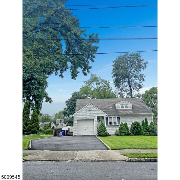 Photo of home for sale at 510 RARITAN RD, Clark Twp. NJ