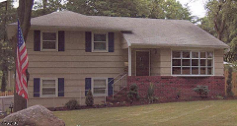 69 Intervale Rd Parsippany-Troy Hills Twp., NJ 07005 - MLS #: 3424445