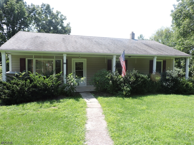 Photo of home for sale at 197 NEILSON RD, Wantage Twp. NJ