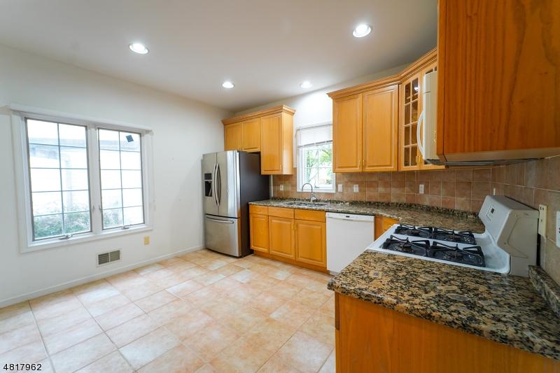 1088 SMITH MANOR BLVD West Orange Twp., NJ 07052 - MLS #: 3485445
