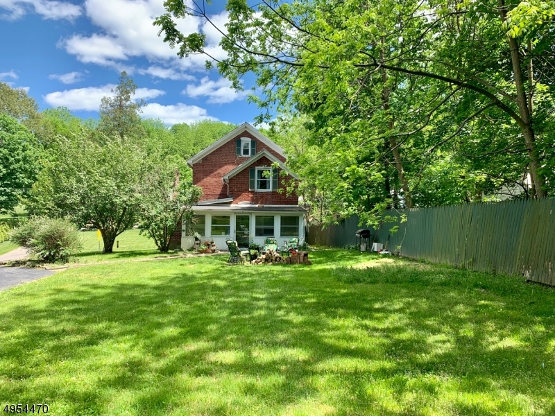 Photo of home for sale at 17 BEAVER RUN RD, Lafayette Twp. NJ
