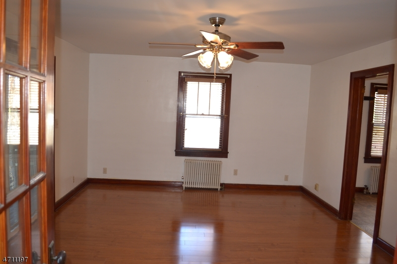 825 S Main St Manville Boro, NJ 08835 - MLS #: 3434646